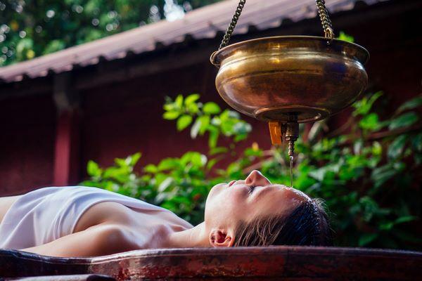 Ayurveda Massage buchen